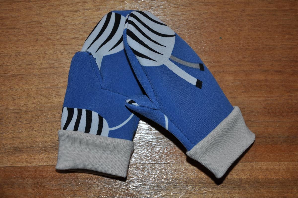 Sch/önes Geschenk f/ür Musiker mugesh Handschuhe Noten ohne Fingerkuppen mit Klappe und Heizkissen S//M